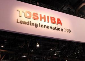 Toshiba تتطلع للتضحية بقسمها المسؤول عن رقاقات الحواسيب لإنقاذ الشركة من الإفلاس