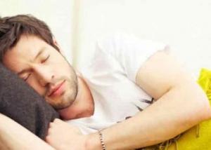 تراجع معدلات النوم مرتبط بتغير توازن التركيبة البكتيرية بالأمعاء