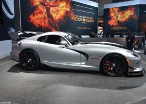 دودج فايبر ACR 2016 تعرض نفسها بمعرض لوس أنجلوس بمحرك V10 بقوة 645 حصاناً Dodge Viper