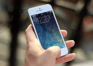 """"""" أبل """" تبدأ بتصنيع هواتف """" iPhone """" في الهند بحلول أبريل المقبل"""