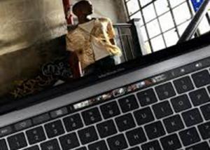 مستخدمي MacBook Pro يعانون من ضعف البطارية