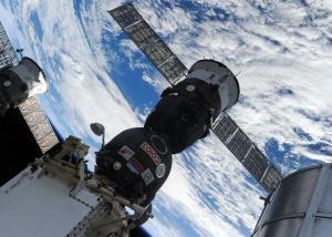 مركبة فضائية يابانية تلتحم بمحطة الفضاء الدولية
