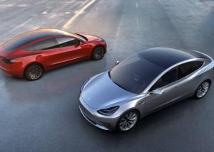شركة Tesla تتطلع لإنشاء منشأة لهندسة السيارات الكهربائية في المملكة المتحدة