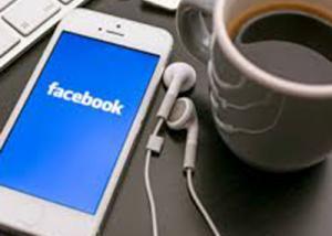 الفيسبوك  التطبيق المحمول الأكثر شعبية في العام 2016