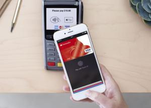 تصدر رسميا خدمة الدفع Apple Pay في إيرلندا