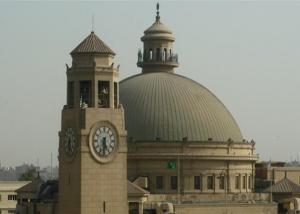 جامعة القاهرة تعلن زيادة البحوث العلمية المنشورة دوليا