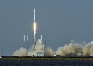 """جانيت إيبس أول رائدة سوداء ترسلها """"ناسا"""" إلى محطة الفضاء الدولية"""