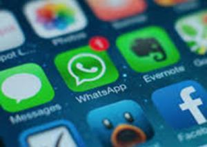 خاصية Stories  تشق طريقها أيضا إلى تطبيق WhatsApp قريبًا