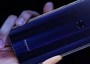 """Honor تعتزم الإعلان عن هاتف """" ملحمي """" في معرض CES 2017"""