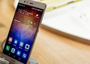مسؤول تنفيذي يكشف عن موعد إصدار الهاتفين Huawei P10 و Huawei P10 Plus