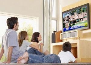 الجلوس لفترات طويلة أمام التليفزيون يؤثر على القلب